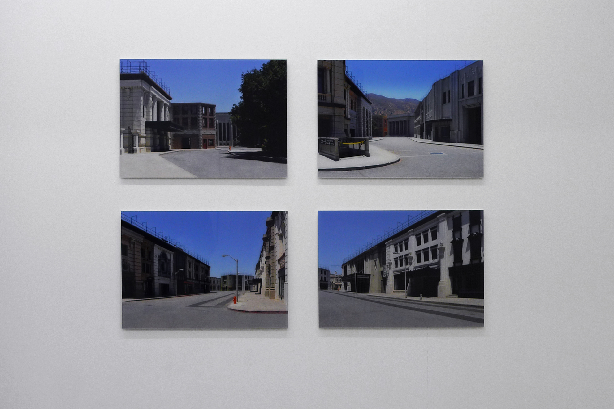 WB, Studio Warner Brothers, Los Angeles, series of 4 photographs, inkjet print / PVC and Plexiglas, 47 x 70 x 1 cm, 2010, with Swann Thommen