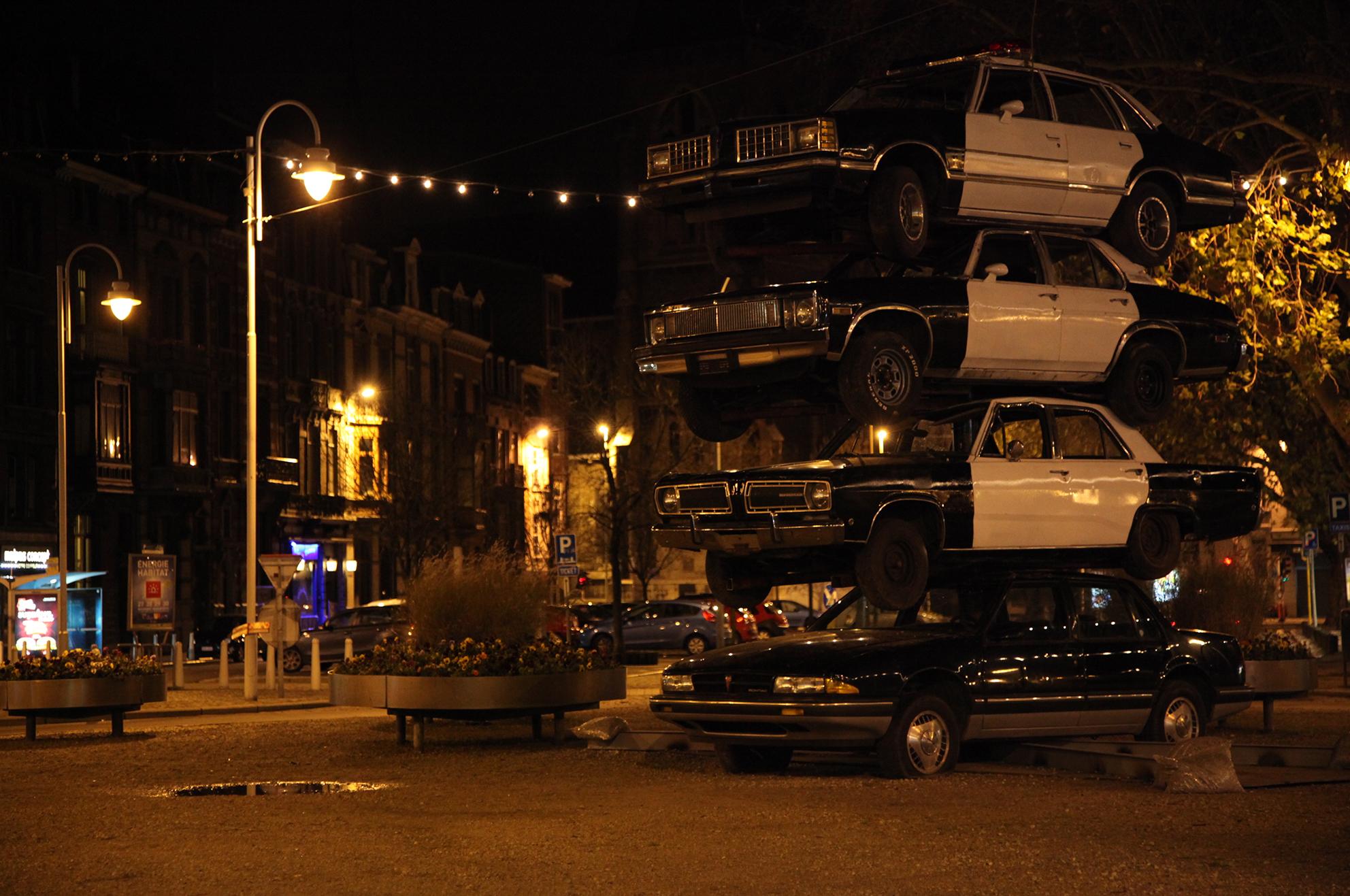 [OUT OF] CONTROL, 7ème biennale internationale de photographie et d'art visuel, Liège, BE, 2010
